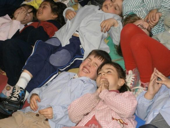 Tras leer La cama mágica los niños imaginan...
