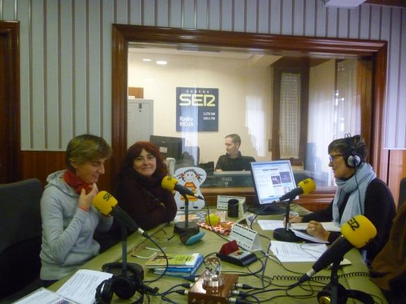 Fátima Martínez, Mari Cruz Zurbano y a la derecha Teresa de la cadena Ser 20-11-2013