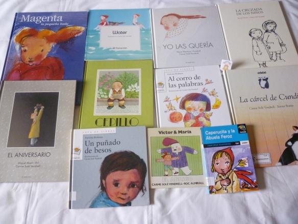 Todos los libros ilustrados por Carme Solé Vendrell que subimos en nuestra maleta al Cole de Albelda.