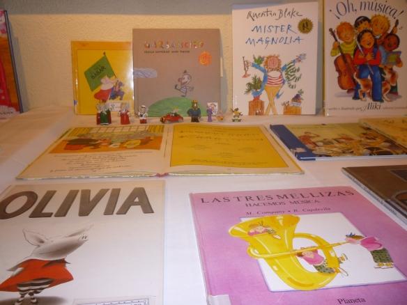 Detalle de la exposición sobre libros en los que la música tiene un papel fundamental. 01-03-2014