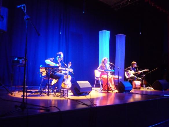 """El grupo Aldea Sonora nos deleitó con """"Canciones del valle del Cárcavo"""" Centro Cultural Josefina Carabias. 6-06-2014"""