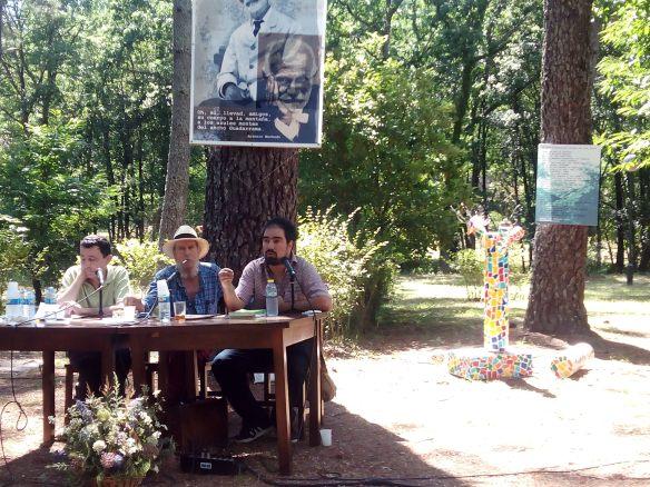 En el centro, Federico Martín Nebras (ideólogo y alma de Pizpirigaña). Gustavo Puerta (el de barba) y José Morán.