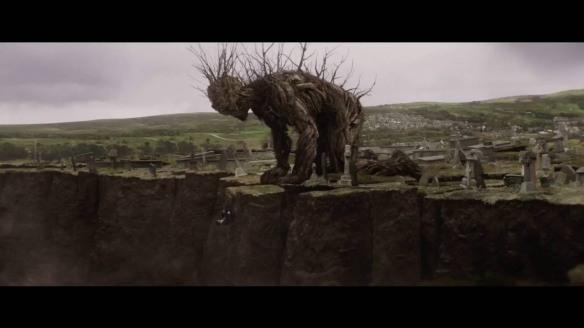 """Una escena de """"Un monstruo viene a verme"""" Se ha rodado entre Londres y Terrasa. Se estrena en octubre aunque estos días se ha presentado en el Festival de San Sebastián."""